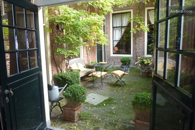 Urban courtyards semi private spaces that provide room for Courtyard landscaping ottawa