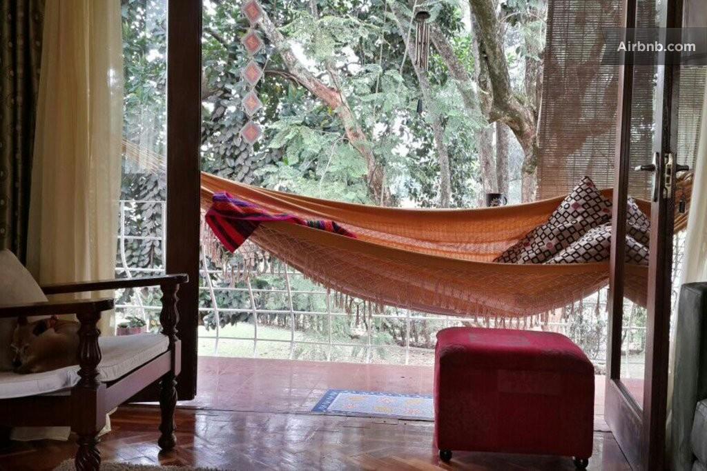 Cozy flat safe area near park in nairobi for Hammock for apartment balcony