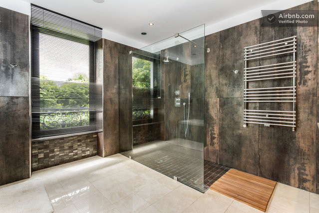 l 15mn paris pool sauna cin ma. Black Bedroom Furniture Sets. Home Design Ideas