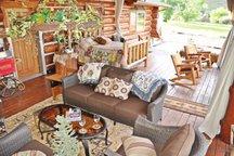 Humming Bird Retreat covered porch