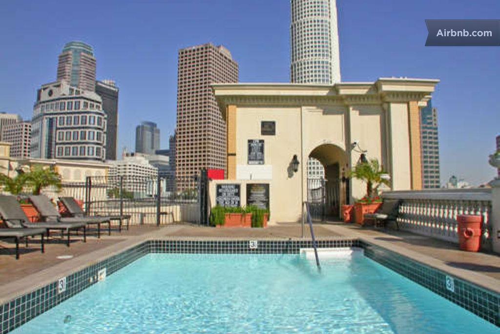 1 Bedroom Luxury Apartment DTLA In Los Angeles