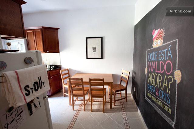 Queens vacation rentals short term rentals airbnb for Arunee thai cuisine new york