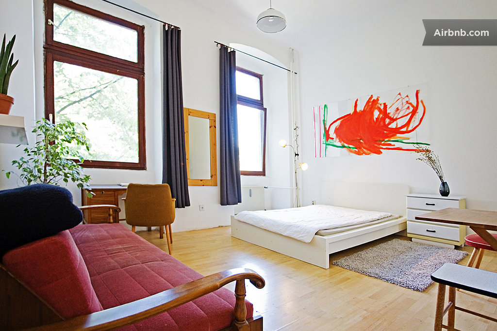 fully furnished 1 room apartment in berlin. Black Bedroom Furniture Sets. Home Design Ideas
